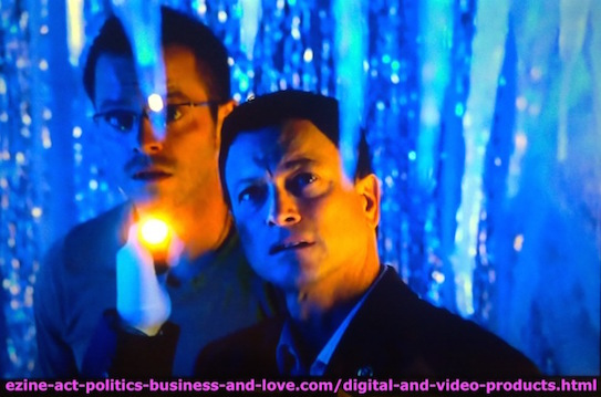 I Watch Best TV Photo Gallery: Gary Sinise as Mac Taylor and Carmine Dominick Giovinazzo as Danny Messer on CSI NY.