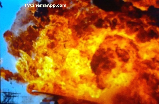 iWatchBestTVCinemaApp - Film Narrative Form: The bus explosion in Jan De Bont's Speed, starring Keanu Reeves, Sandra Bullock, Jeff Daniels, Dennis Hopper and Joe Morton.