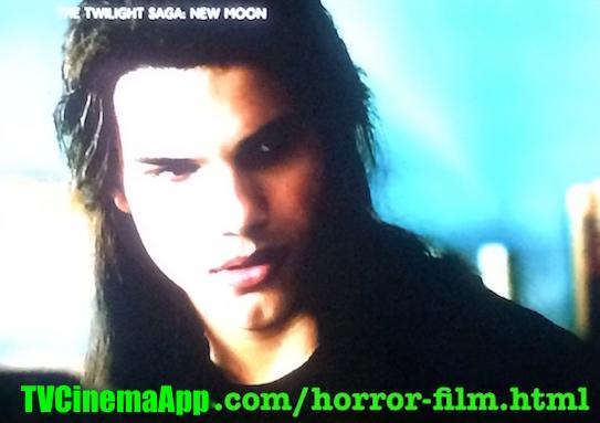 iWatchBest - TVCinemaApp: Horror Film, Chris Weitz's The Twilight Saga: New Moon, Taylor Lautner, Robert Pattinson, Kristen Stewart, Ashley Greene, Rachelle Lefevre.