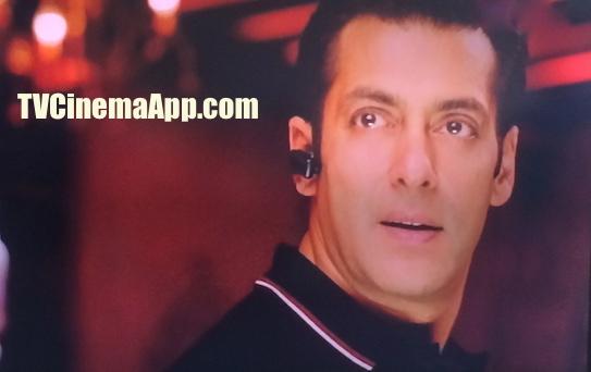 iWatchBestTVCinemaApp - Bollywood Movies: Salman Khan and Kareena Kapoor playing Bodyguard.