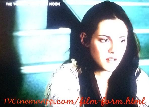 iWatchBestvTVCinemaApp - Film Form: Chris Weitz's The Twilight Saga: New Moon, Kristen Stewart, Taylor Lautner, Robert Pattinson, Rachelle Lefevre, Ashley Greene.