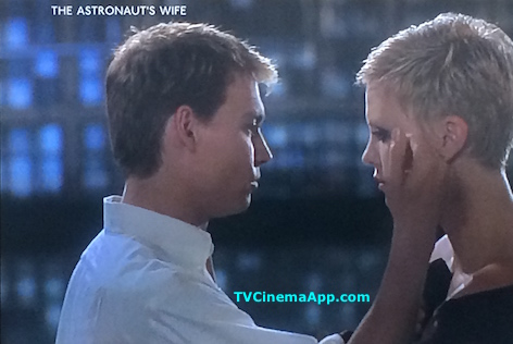 TV Cinema App: The Astronaut's Wife, Johnny Depp with his Wife Charlize Theron.