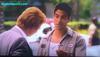 Series de TV: Gift of eyeglasses from Adam Rodriguez (Erick Delko) to David Stephen Caruso (Horatio Caine).