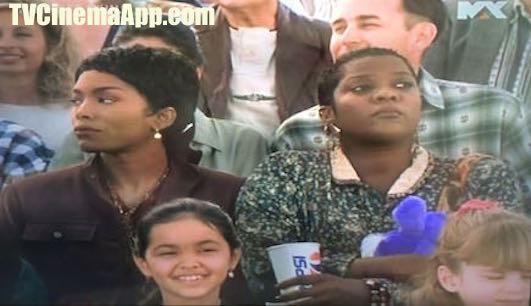 iWatchBestTVCinemaApp - Film Genre: Forest Whitaker's Waiting to Exhale, starring Whitney Houston, Angela Bassett, Lela Rochon and Loretta Devine.