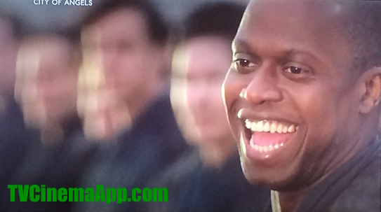 TVCinemaApp - Film Production: Brad Silberling's City of Angels, Andre Braugher as angel Cassiel laughing.