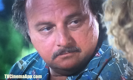 I Watch Best TV Photo Gallery: Dennis Franz, as Nathaniel Messinger on Brad Silberling's City of Angles. Starring also Nicolas Cage, Meg Ryan, Colm Feore and Andre Braugher.